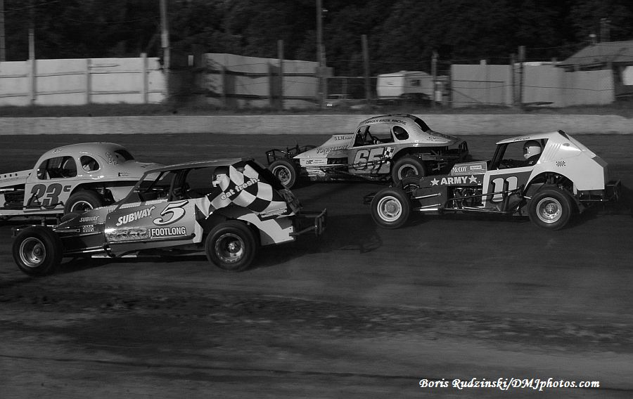 Who We Are - Northeastern Vintage Dirt Modified Racing Club