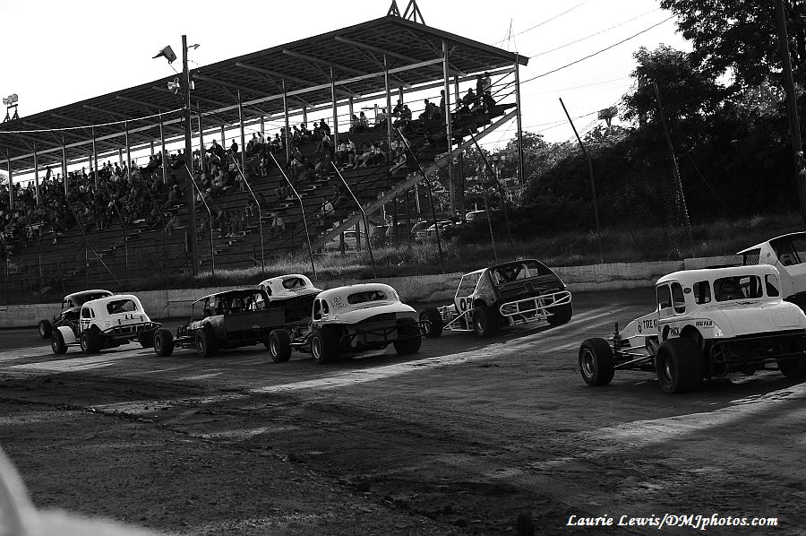 Home - Northeastern Vintage Dirt Modified Racing Club